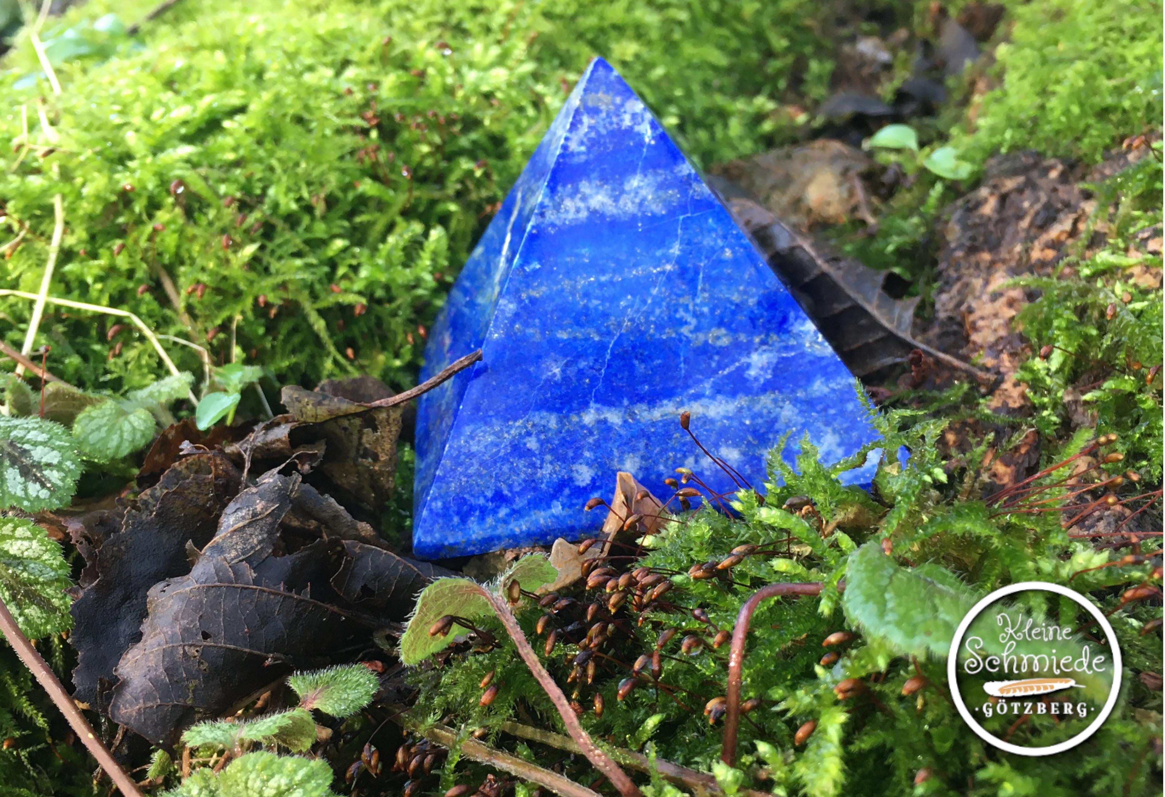 Lapislazuli-Pyramiden