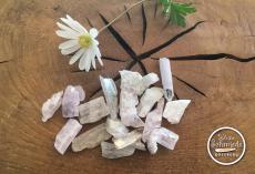 Kunzit-Rohstein (lila) bis 10 g